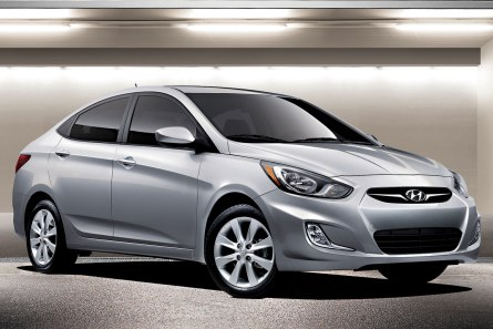 2013 Hyundai Accent near Chicago