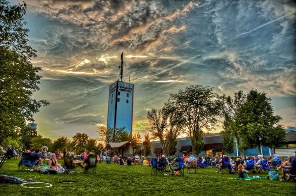 Concerts on the Green, downtown Frankfort, IL
